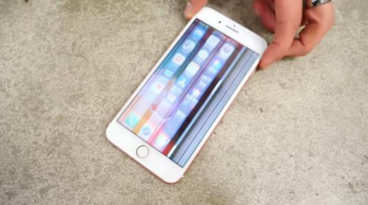 新浪网友:iPhone手机屏幕失灵是什么原因?该怎么解决?